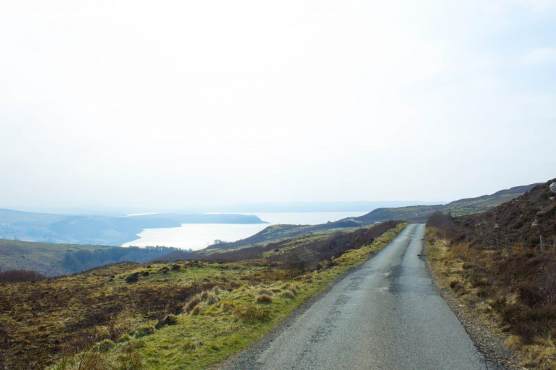 Driving on the Isle of Skye - one way road