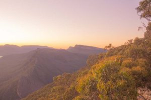 grampians hikes - boroka lookout