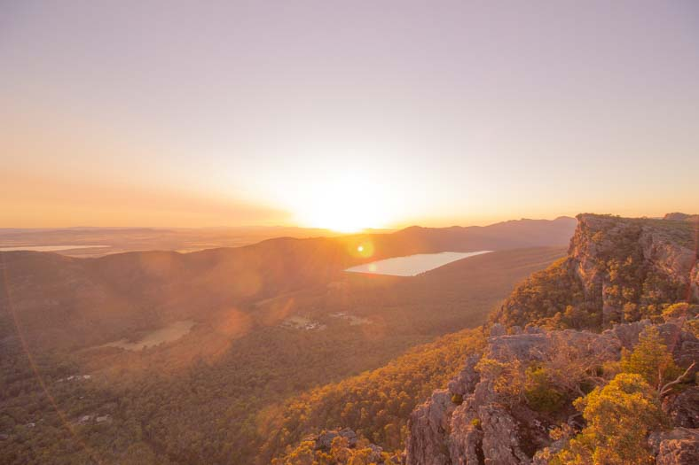 grampians road trip - pinnacles sunrise