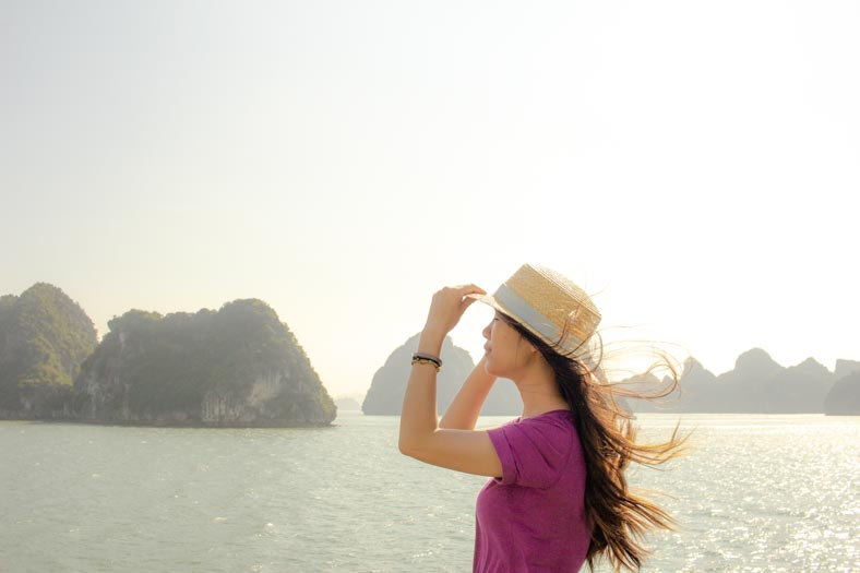 responsible travel in vietnam - ha long bay