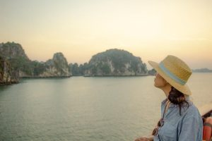 Best Halong bay cruise recommendation - views