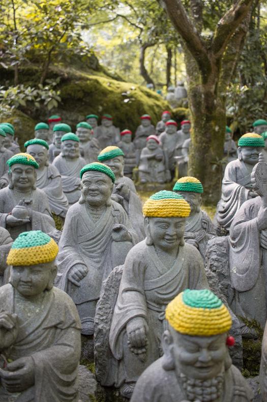 Miyajima itinerary - temple statues