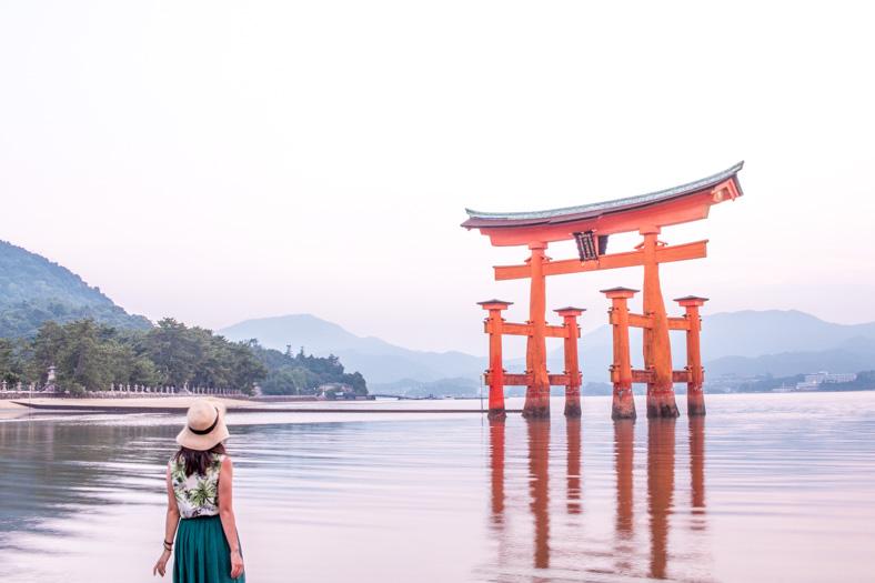 Miyajima itinerary - torii gate 2