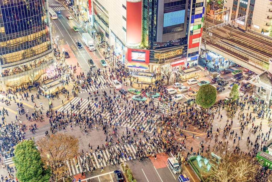 Bucket list experiences Japan - Shibuya Crossing