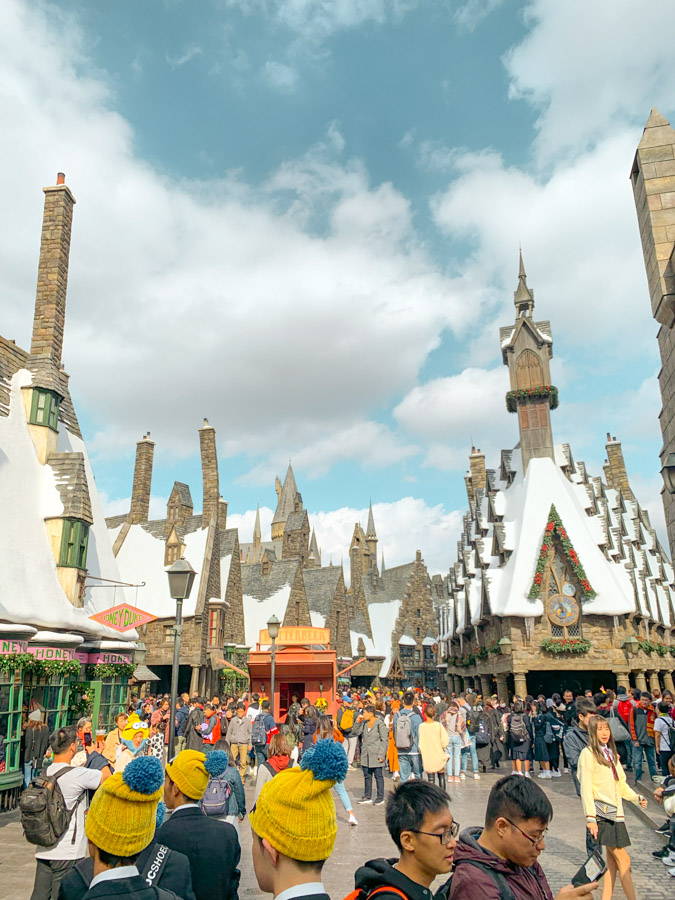 wizarding world harry potter osaka - hogsmeade