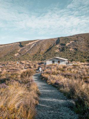 New Zealand North island itinerary - Tongariro Northern Circuit hut