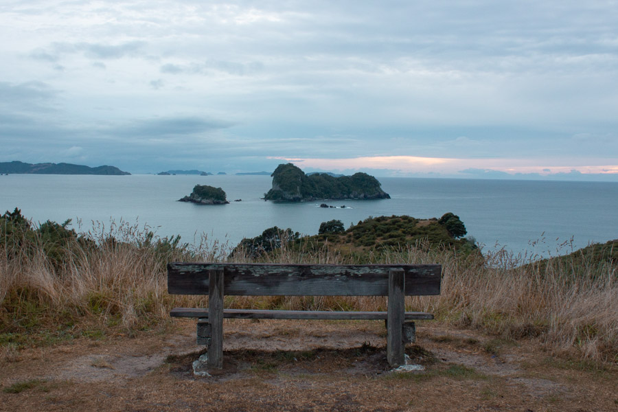 New Zealand North island itinerary - cathedral cove walk