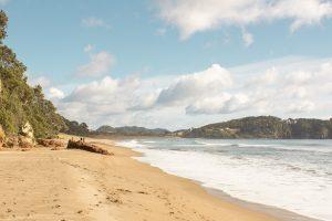 New Zealand North island itinerary - hot water sand beach