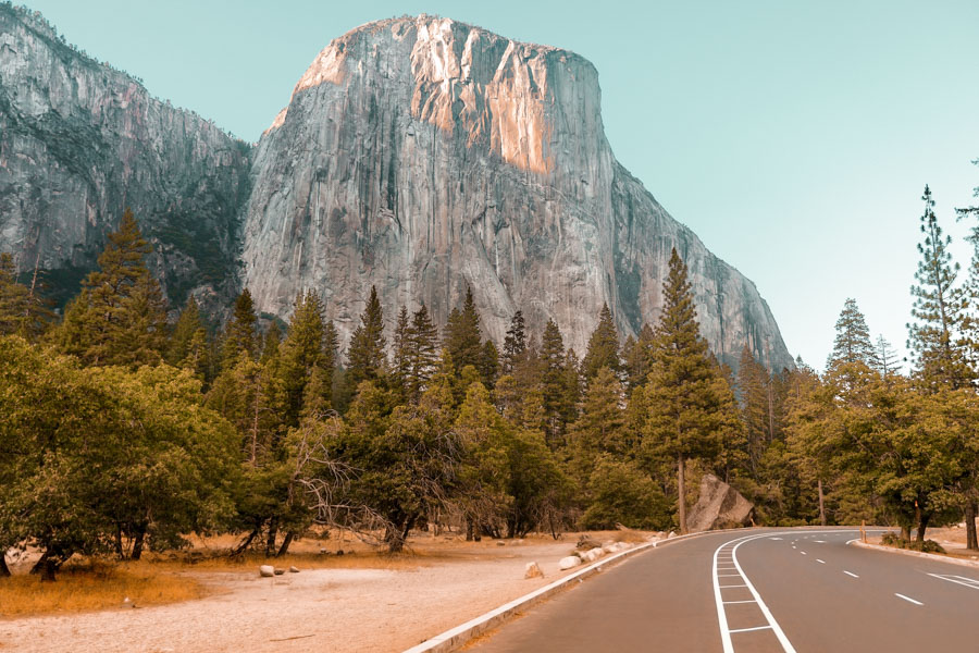 El Capitan road through Yosemite National Park USA